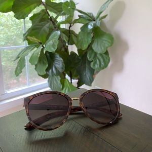 Kenneth Cole Round Inlay Glasses